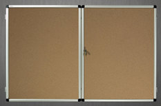 Gablota wewnętrzna Lisbona -L2 korkowa 73x153 cm dwudrzwiowa